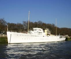 Photo of the Wellington on the Thames
